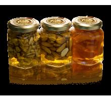 3 вида мёда по 250 грамм (грец.орех, курага, миндаль)