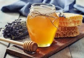 цветочный мед в стеклянной банке