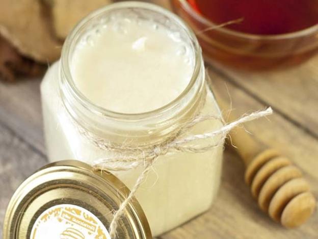 стеклянная баночка меда