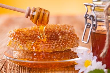 натуральный мед с сотой